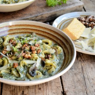 The Secret Recipe Club: Creamy Tortellini, Mushroom and Spinach Soup