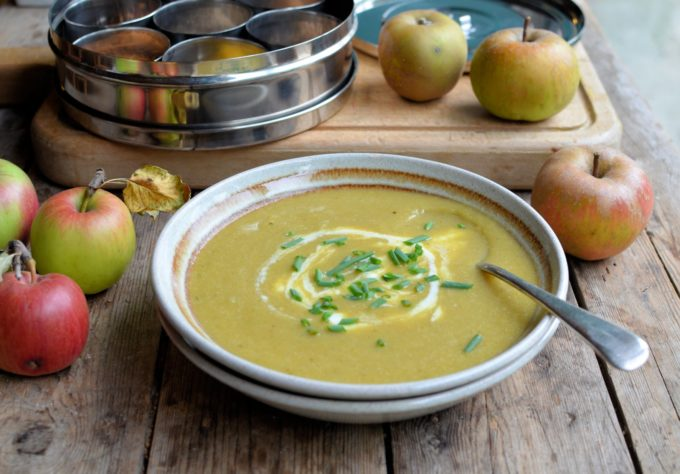 Curried Leek and Apple Soup
