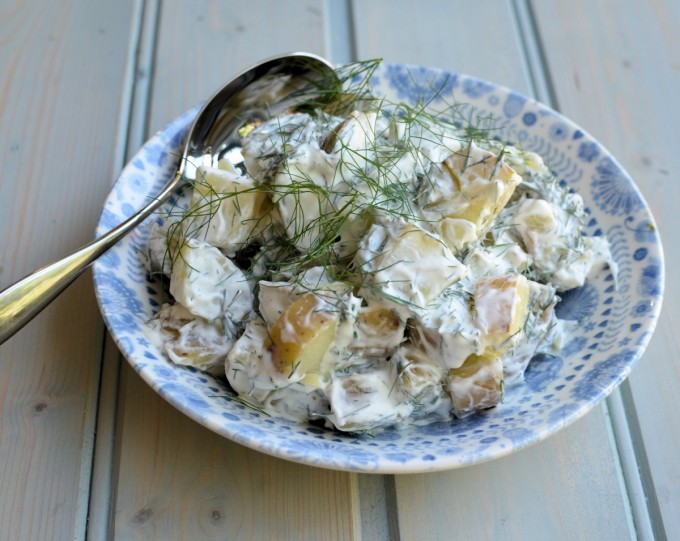 Färskpotatissalad: Swedish Potato Salad