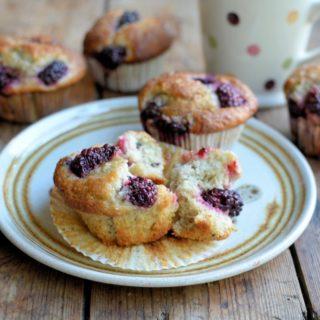 Blackberry Fairy Cake Buns (Muffins)