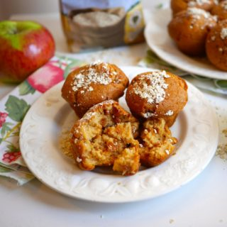 Feeling Fibrant! Apple & Oat Breakfast Muffins