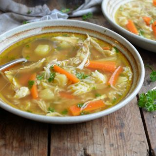 Canja de Galinha – Brazilian Chicken and Rice Soup