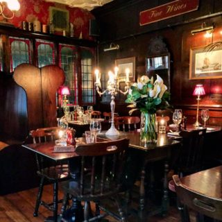 Lunch at The Ship Tavern in Holborn, London