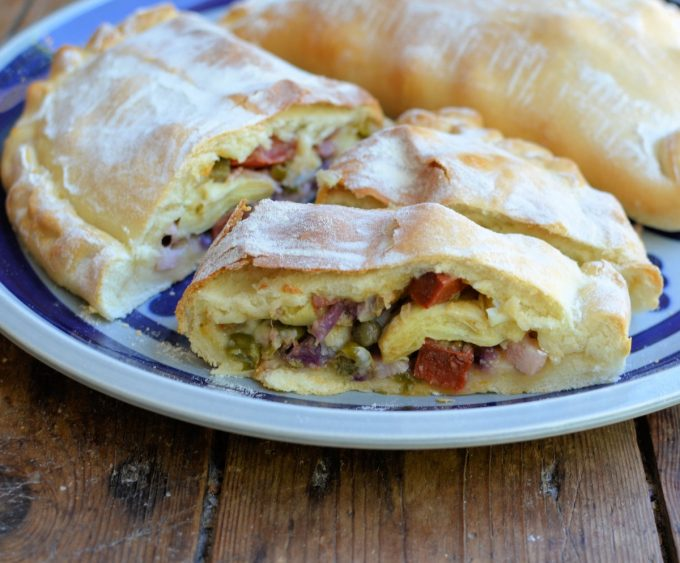 Italian Calzone (Stuffed Pizza Pasty)