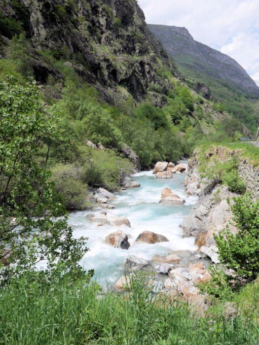 Pyrénées River