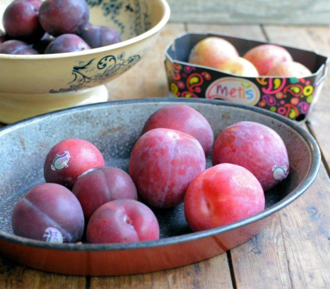 Metis Fruit