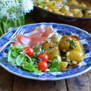 Cheesy Roast New Potatoes with Wild Garlic