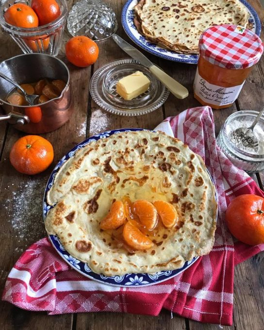 Watch out for a new recipe on Lavender & Lovage tomorrow as part of my ongoing collaboration with Bonne Maman Conserves, using the seasons best citrus fruit too. We enjoyed these crêpes this morning after I'd photographed them, and I won't give anything away, but they were lush!